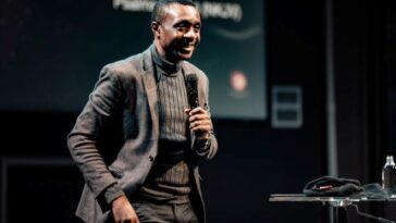 NATHANIEL BASSEY PROPOSES TRUMPET MARCH