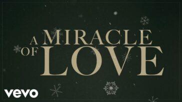 "CHRIS TOMLIN PREMIÈRES ""MIRACLE OF LOVE"" MUSIC VIDEO"